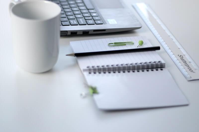 libreta taza teclado