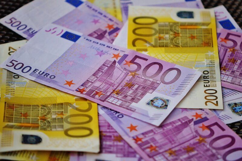 LIMITACIÓN DE PAGOS EN EFECTIVO A 1000 € Y OTRAS MEDIDAS CONTRA EL FRAUDE FISCAL